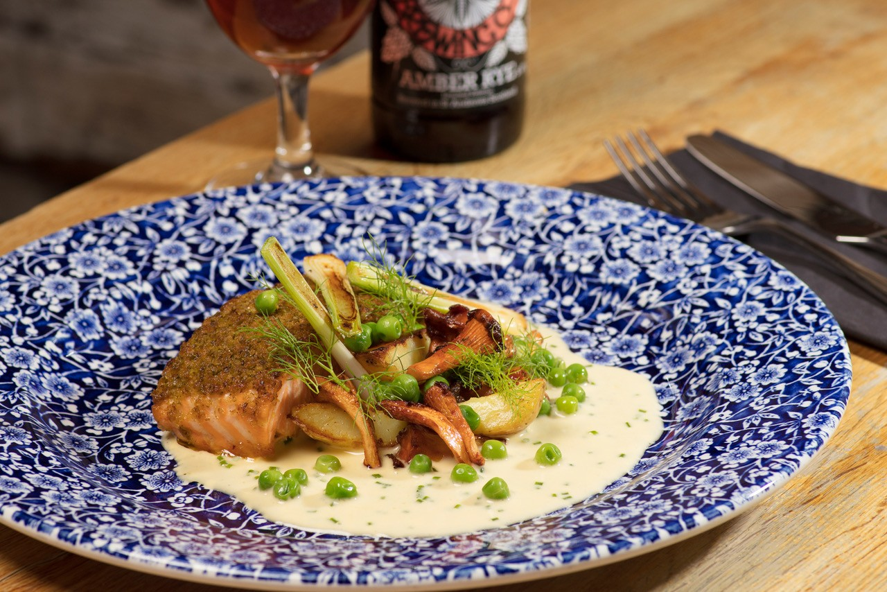 VENUE REPORT: Edinburgh Pub Revives Old City Street Food Dish