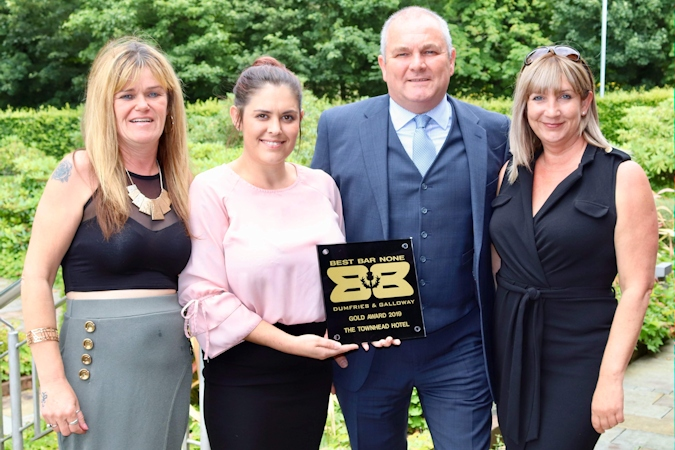 SLTA President-Elect Wins Best Bar None Gold Award In South-west Scotland
