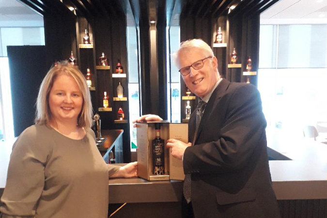 SLTA Stalwart Billy Gold Wins Rare Bottle Of Whyte & Mackay